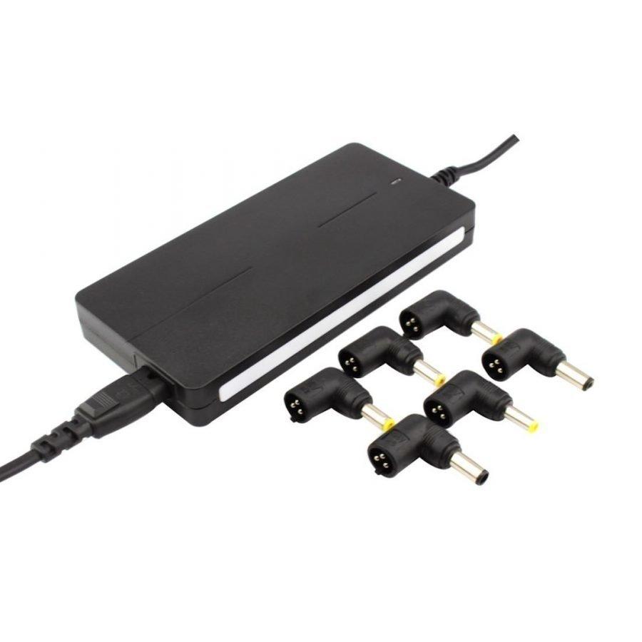 Akyga Yleismallinen Kannettavan tietokoneen laturi 90 Wattia - Sisäänrakennettu USB virtalähde