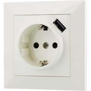 Deltaco Deltaco Poweroutlet With Usb 1xcee 7/4 1xusb Typ A Ho White