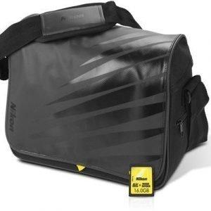 Nikon D-slr Acc Kit